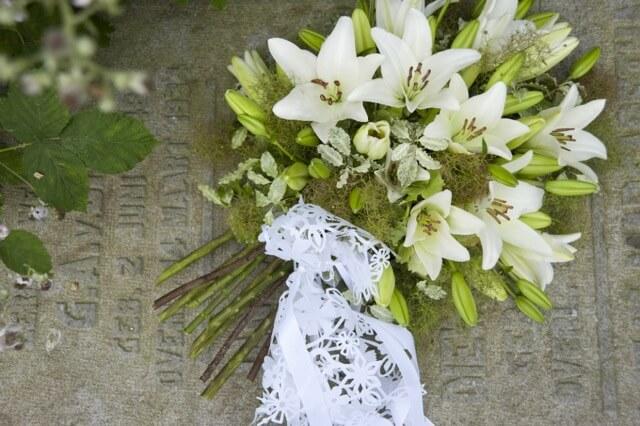 funeral flowers wunderkammer